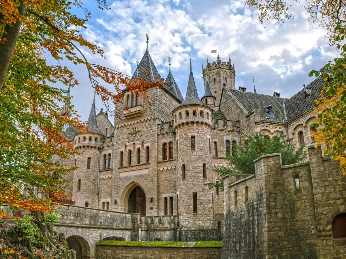 Rompecabezas Recoger rompecabezas en línea - Marienburg castle
