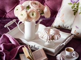 Собирать пазл Bouquet and meringue онлайн