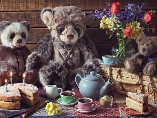 Собирать пазл Teddy bears tea party онлайн