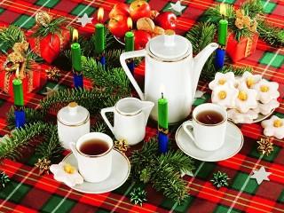 Собирать пазл Christmas tea онлайн