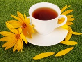 Собирать пазл Cup of tea онлайн