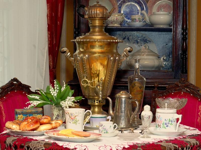 Rompecabezas Recoger rompecabezas en línea - Tea from a samovar