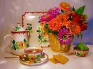 Собирать пазл Tea and flowers онлайн