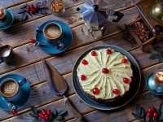 Собирать пазл The dessert with coffee онлайн