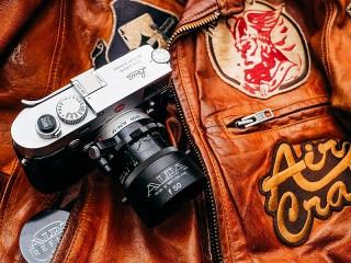 Собирать пазл The Leica Camera онлайн