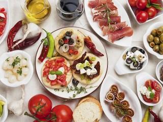 Собирать пазл Spanish snack онлайн