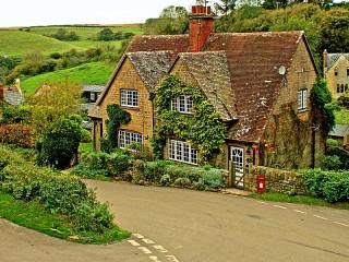 Собирать пазл Cottage in Dorset онлайн