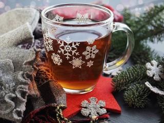 Собирать пазл Mug with snowflakes онлайн