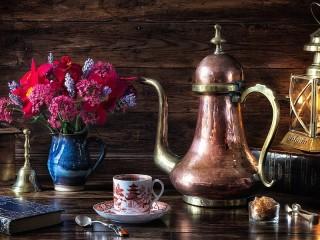Собирать пазл Copper jug онлайн