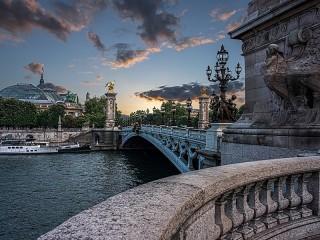 Собирать пазл Bridge in Paris онлайн