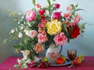 Собирать пазл Still life with flowers онлайн