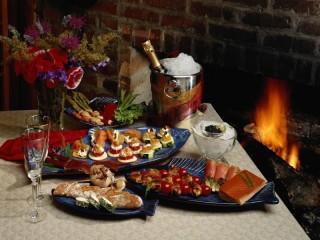 Собирать пазл Romantic dinner онлайн
