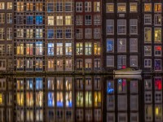 Собирать пазл The Windows Of Amsterdam онлайн
