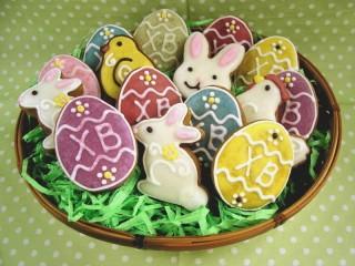 Собирать пазл Easter Gingerbreads онлайн