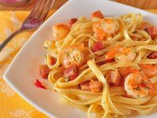 Собирать пазл Pasta with shrimps онлайн