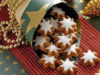 Собирать пазл Biscuits-stars онлайн