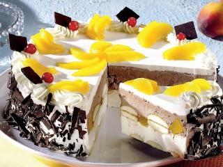 Собирать пазл Persikoviy tort онлайн