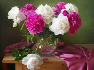 Собирать пазл The pores in a vase онлайн