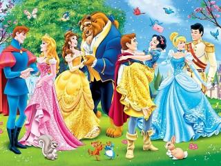 Собирать пазл Princesses and princes онлайн