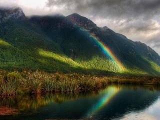 Собирать пазл Rainbow in the mountains онлайн