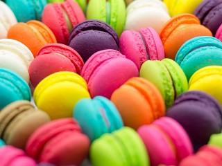 Собирать пазл Colorful cookies онлайн