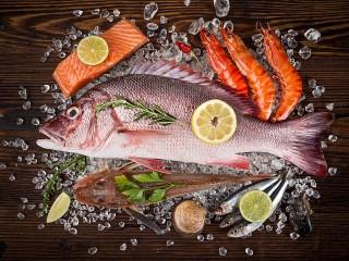 Собирать пазл Fish on ice онлайн