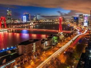 Собирать пазл Rotterdam онлайн