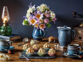 Собирать пазл Six cupcakes онлайн
