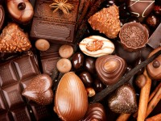 Собирать пазл Chocolate assorted онлайн