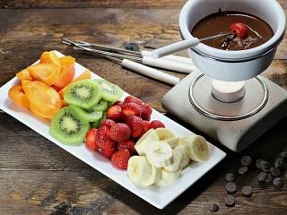 Собирать пазл Chocolate fondue онлайн
