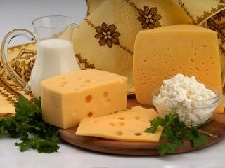 Собирать пазл Cheese still life онлайн
