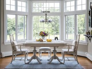 Собирать пазл The table by the window онлайн