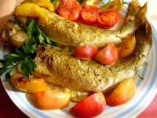 Собирать пазл Pike-perch in vegetables онлайн