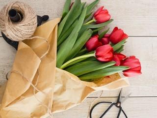 Собирать пазл Flowers in paper онлайн