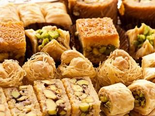 Собирать пазл Turkish sweets онлайн