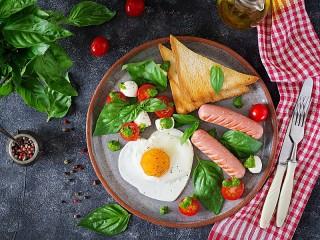 Собирать пазл Eggs-Valentine онлайн