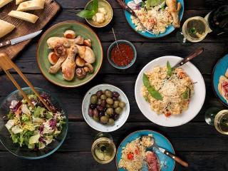 Собирать пазл Feast онлайн