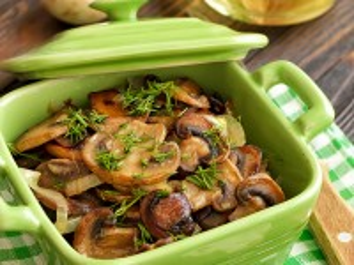 Собирать пазл Fried mushrooms онлайн