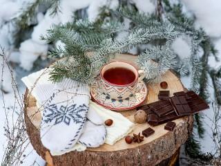 Собирать пазл Winter tea онлайн